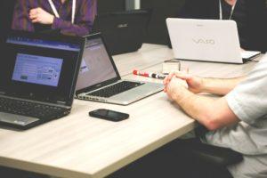 ビジネスフォン設置業者のネット検索と打ち合わせ時の判断ポイント